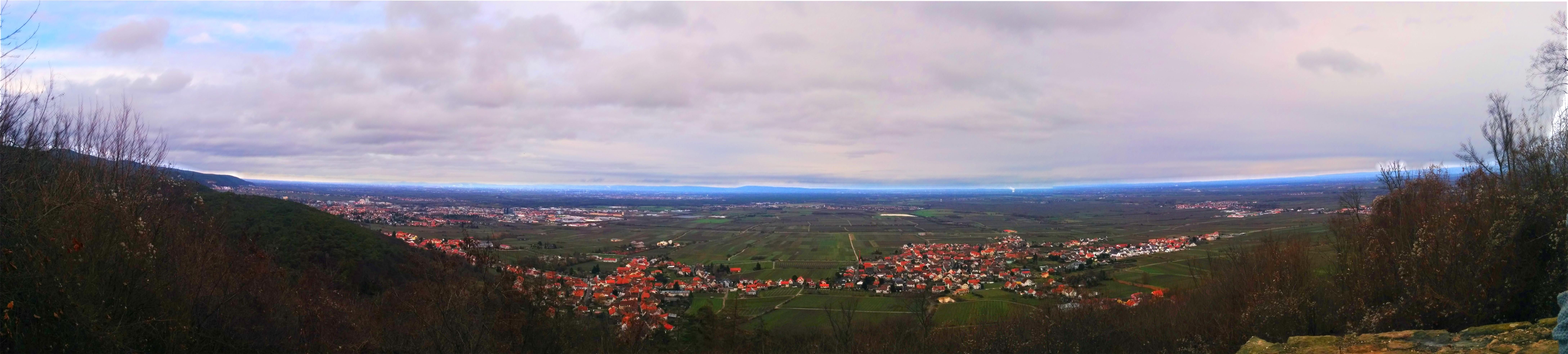DB0NW Ausblick über die Rheinebene