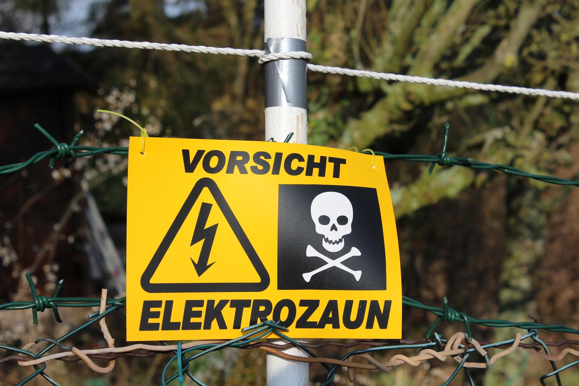 Elektro Stacheldrahtzaun Sprachrepeater Landau Burrweiler